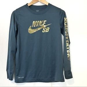 Youth Nike Skateboard Dri-fit long sleeve shirt
